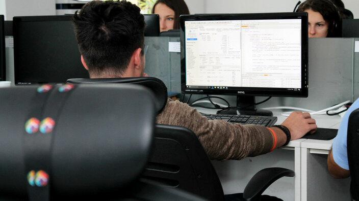 © 2017 - Team Extension - Developers at work - Bucharest, Romania